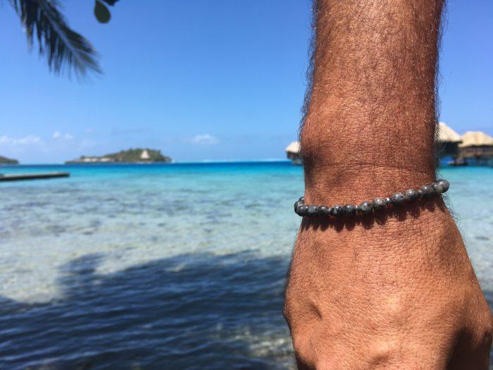 Bracelet pour elle et pour lui en pierre semi-précieuse de Labradorite noire